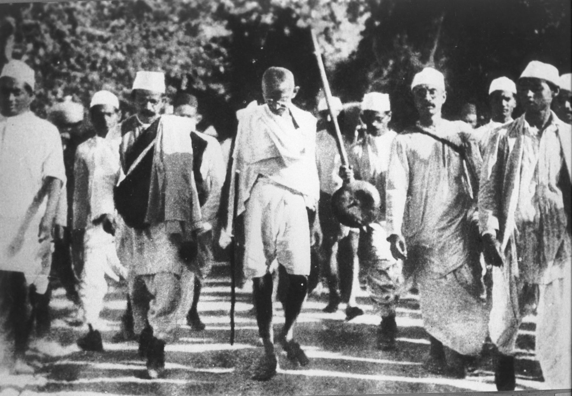 Gandhi salt march satyagraha